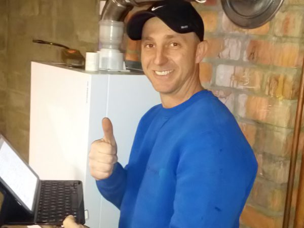 Ronny, onderhoud ketel en herstelling